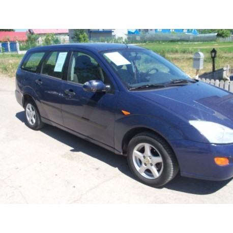 FAR FORD FOCUS 2000