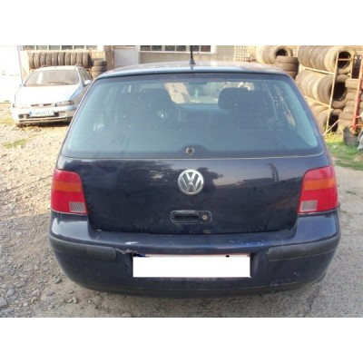 HAYON VW GOLF 4