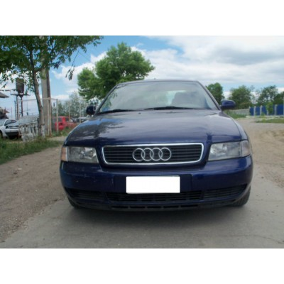 Bara fata Audi a4 1998