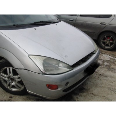 FAR DREAPTA FORD FOCUS 2002