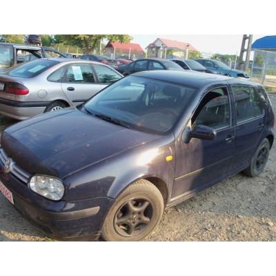 Aripa stanga fata VW Golf 4, 1,9 SDI, 2001